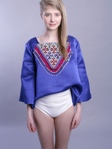 The Romanian blouse III